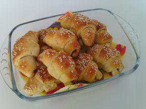 Снимка 1 от рецепта за Кашкавалени кифлички