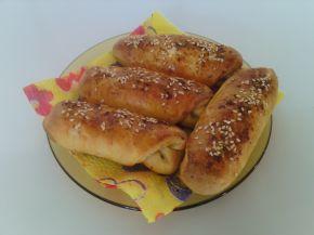 Снимка 1 от рецепта за Пикантни кифли