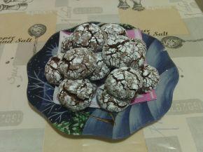Снимка 1 от рецепта за Напукани какаови сладки с орехи