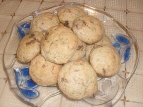 Снимка 1 от рецепта за Бисквити със стафиди и боровинки