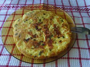 Снимка 1 от рецепта за Омлет с пресен лук и сирена