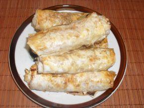 Снимка 1 от рецепта за Банички на сач с праз и сирене