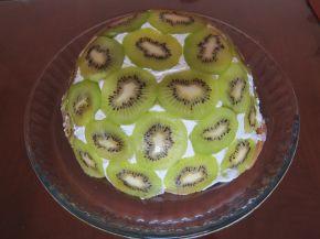 Снимка 1 от рецепта за Обърната торта с киви без печене