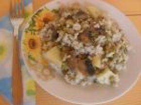 Снимка 1 от рецепта за Мусака с грах, печурки и картофи