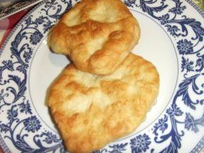 Снимка 1 от рецепта за Мекици с кисело и прясно мляко