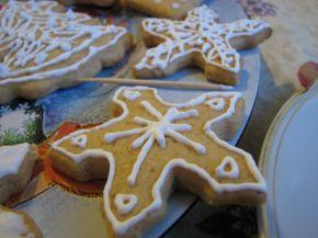 Снимка 3 от рецепта за Коледни меденки с украса от айсинг