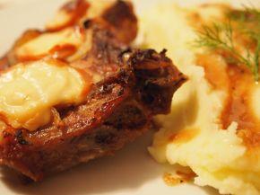 Снимка 2 от рецепта за Апетитни свински котлети с топено сирене