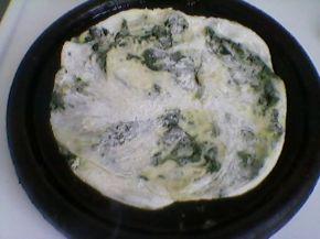 Снимка 4 от рецепта за Банички на сач със спанак