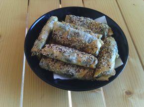 Снимка 2 от рецепта за Банички с турски кори, пресен спанак и гизум