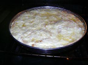 Снимка 7 от рецепта за Баница със сирене от хляб
