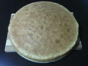 Снимка 5 от рецепта за Бял сладкиш със златни стафиди