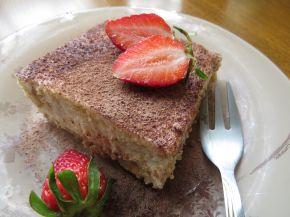 Снимка 1 от рецепта за Бисквитена торта с кондензирано мляко
