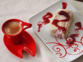 Снимка 6 от рецепта за Бисквитено-малинова феерия