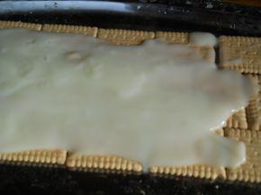 Снимка 2 от рецепта за Бисквитено руло с банани