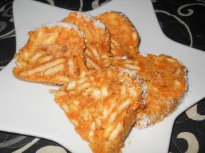 Снимка 3 от рецепта за Бисквитено руло с моркови и стафиди