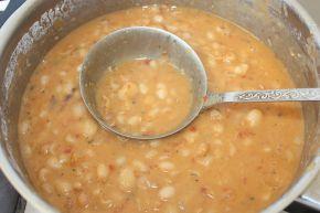 Снимка 7 от рецепта за Боб яхния