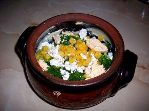 Снимка 3 от рецепта за Броколи със сирене в гювече