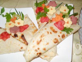 Снимка 2 от рецепта за `Букетчета` от палачинки