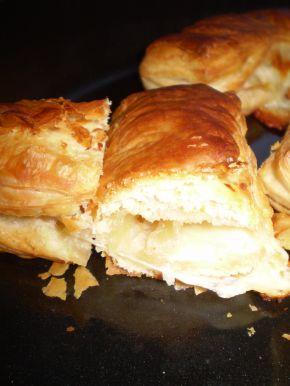Снимка 6 от рецепта за Бутер банички със сладко, сирене и кашкавал