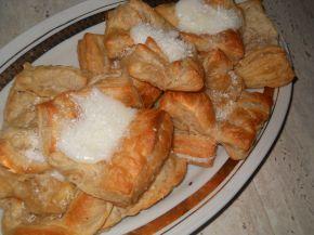 Снимка 2 от рецепта за Бутерки с ванилов крем и кокосови стърготини