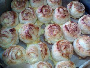 Снимка 2 от рецепта за Бутерки със сирене