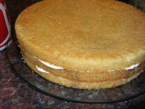 Снимка 5 от рецепта за Бърза тортичка Ники