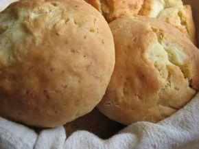 Снимка 1 от рецепта за Бързи хлебчета със сирене
