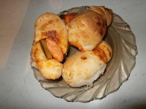 Снимка 2 от рецепта за Бързи кренвиршки с готово тесто