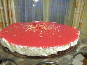 Снимка 3 от рецепта за Чийзкейк със замразени ягоди