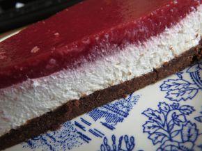 Снимка 8 от рецепта за Чийзкейк със замразени ягоди