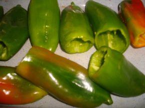 Снимка 4 от рецепта за Чушки пълни с ориз и гъби и сарми