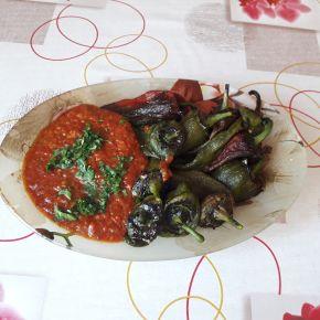 Снимка 5 от рецепта за Чушки с доматен сос