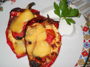 Снимка 3 от рецепта за Чушки със сирене и колбас на фурна