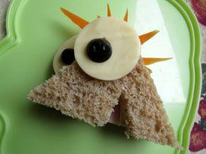 Снимка 3 от рецепта за Детски сандвичи - II вариант