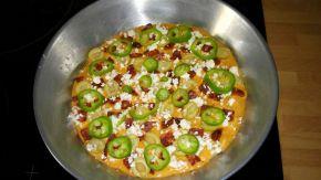 Снимка 2 от рецепта за Домашна пица - III вариант