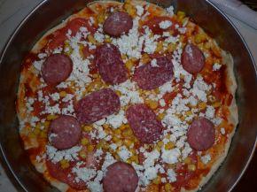 Снимка 2 от рецепта за Домашна пица II вид