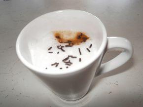 Снимка 5 от рецепта за Домашно лате