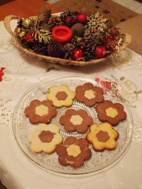 Снимка 3 от рецепта за Двуцветни сладки