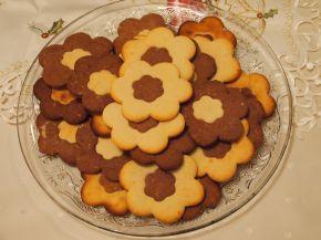 Снимка 5 от рецепта за Двуцветни сладки