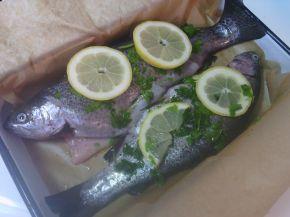 Снимка 2 от рецепта за Дъгова пъстърва с магданоз и розмарин