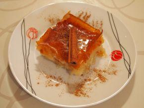 Снимка 2 от рецепта за Галактобуреко (γαλακτομπούρεκο)