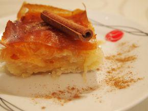 Снимка 5 от рецепта за Галактобуреко (γαλακτομπούρεκο)