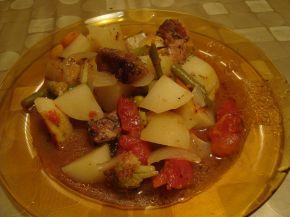 Снимка 2 от рецепта за Гювеч `Не толкова интересен`