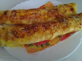 Снимка 2 от рецепта за Големи банички с масло и сирене
