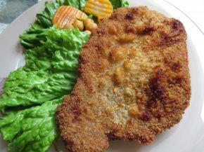 Снимка 2 от рецепта за Хрупкави шницели от свинско месо