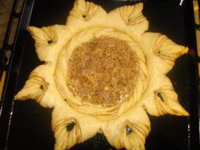 Снимка 7 от рецепта за Ябълков пай с канела