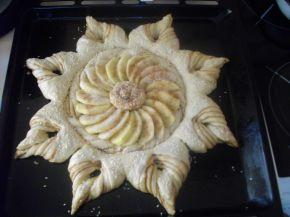 Снимка 9 от рецепта за Ябълков пай с канела