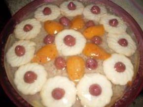 Снимка 3 от рецепта за Ябълков сладкиш с бисквити
