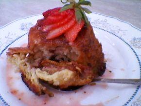 Снимка 2 от рецепта за Ягодови кейкчета с козунак
