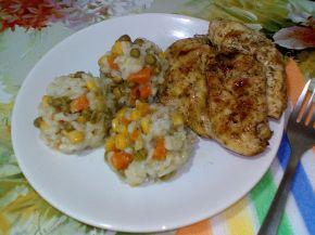 Снимка 3 от рецепта за Кафяв ориз със зеленчуци и късчета пилешко месо